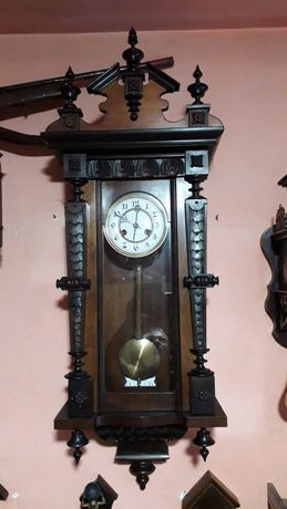 Pendula  de perete  Junghans ,/ ceas cu perete .
