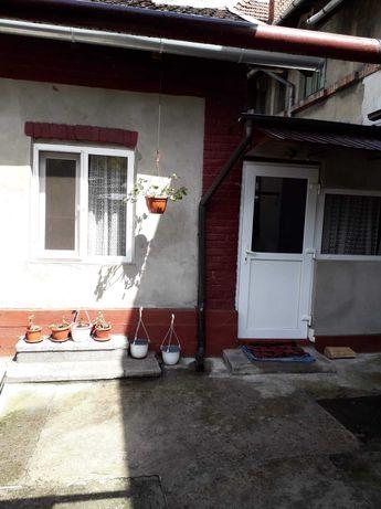 Casa de vanzare pe strada Vasile Lupu