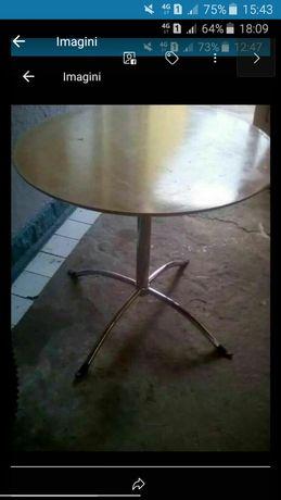 Vând o masă cu picior,Preț 100 Lei