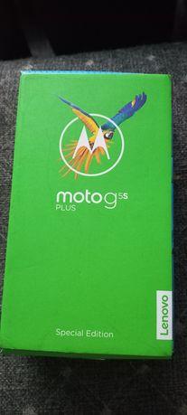 Продаю Moto g5s plus