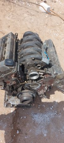 Двигатель М60 В30