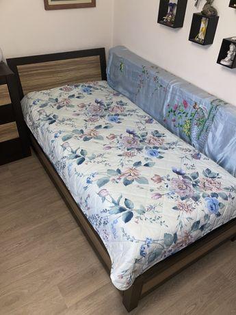 Продам односпальную кровать и комод