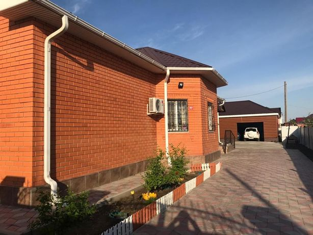 Продается дом в Жумыскере вдоль основной дороги