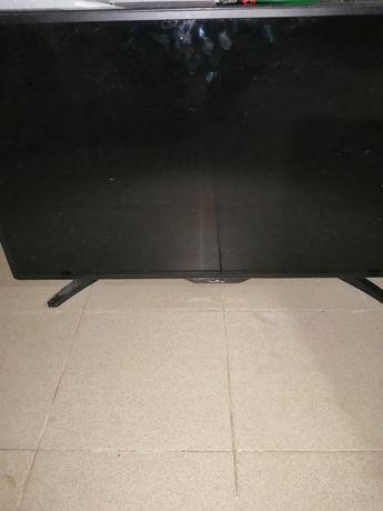 Televizor LCD smart tech 100cm diagonala, smart, etc