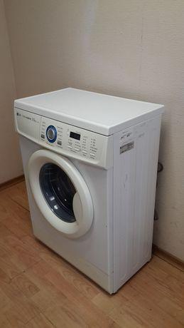 Продам стиральную машинку ,LG , автомат,в Рудном