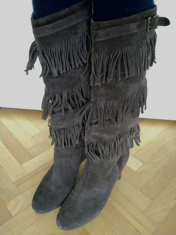 Велурени каубойски ботуши на Sisley, номер 40.