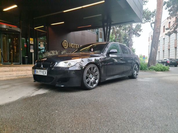 VAND BMW  525  automat
