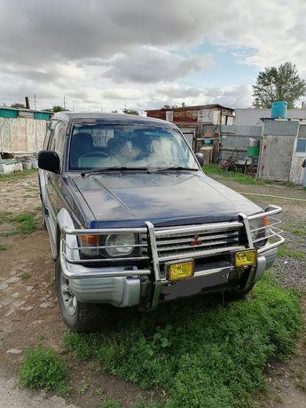 Mitsubishi Pajero    Продам  все вопросы по телефону