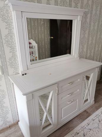Срочно продам спальный гарнитур в идеальном состоянии