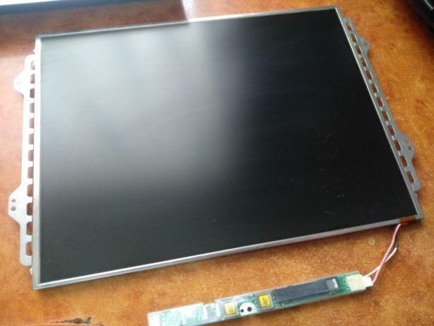 Display Toshiba model VF2042P01/UB133X01-1