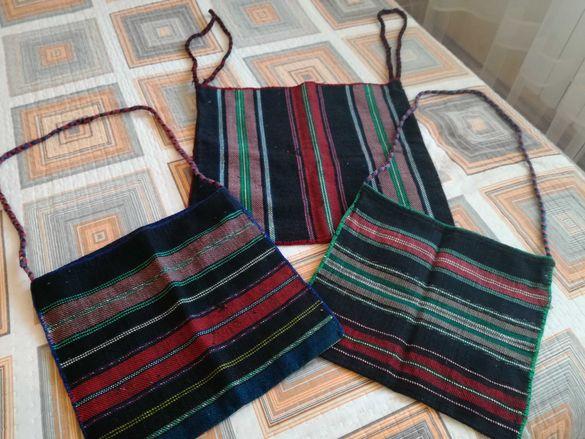 Автентични ръчно тъкани торби.