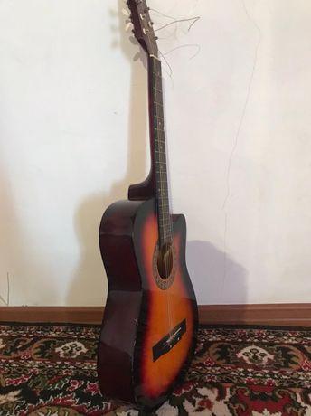 Продается гитара сост зың