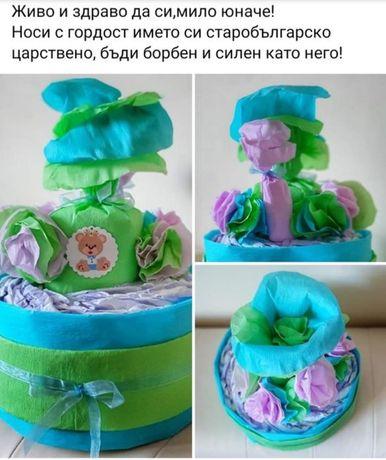 Памперс торта + подарък