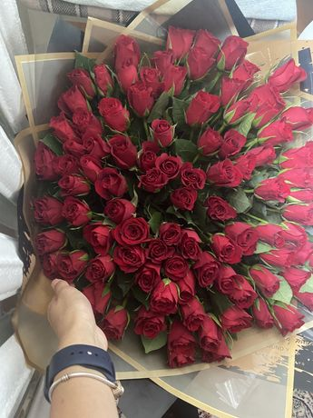 Продам цветы 101 розу