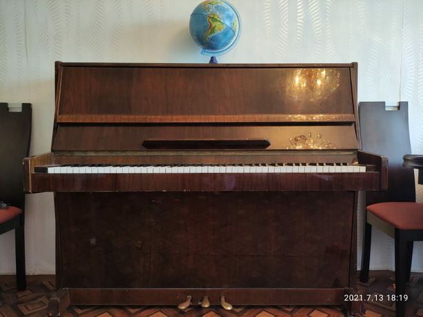Пианино срочно! 20000
