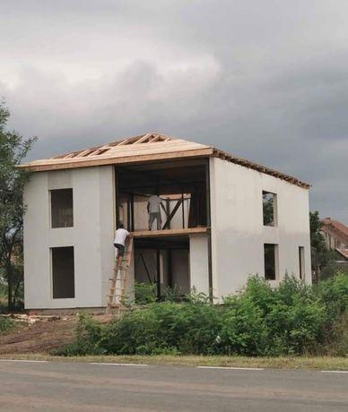 Vând și fac case pe structura metalica