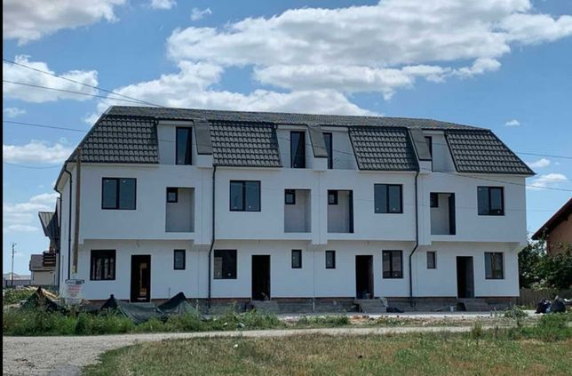 Casa vila individuala cuplata (insiruita) curte gradina Berceni 140 mp