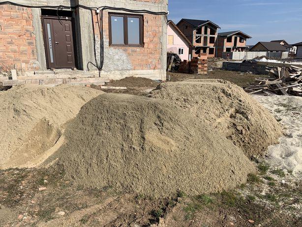 Transport materiale / piatra / nisip / pamant vegetal / gunoi