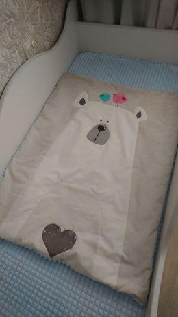 Одеялко в детскую кроватку.
