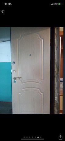 Установка и ремонт металлических дверей.Замена,врезка замков.