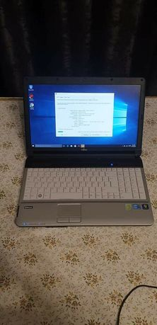 laptop i3 fujitu