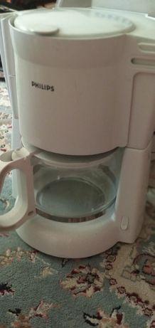 Обменяю новую кофеварку Phillips на мультиварку