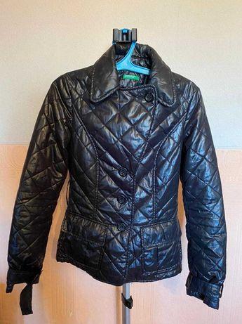 Продам куртку Benetton
