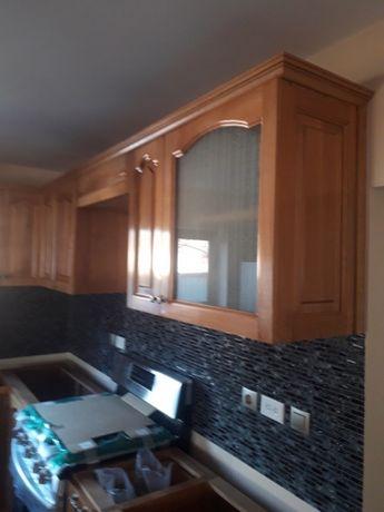 Mobila bucătărie lemn masiv