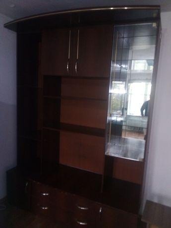 Срочно продам шкаф