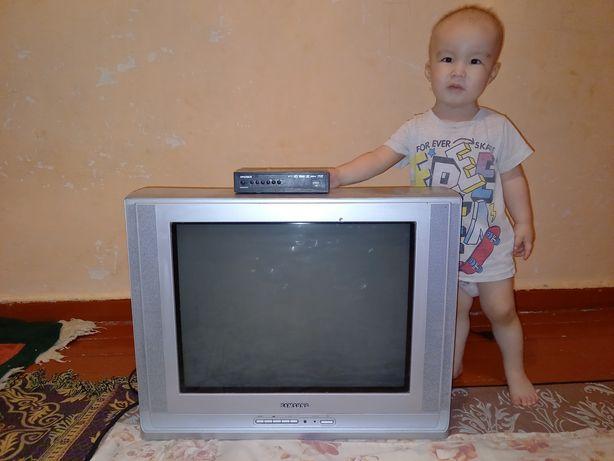 Телевизор.самсунг.