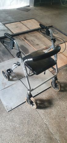 Suport scaun dizabilitati
