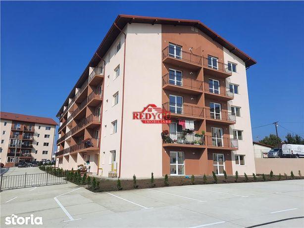 Apartament 3 camere 72 mp
