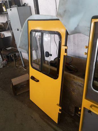 Двери трактора к700‐к701