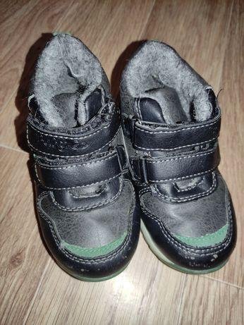 Весенние ботинки для мальчика