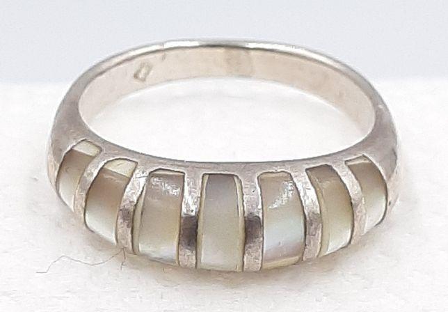 Frumos inel vintage din argint 925 si sidef, model deosebit !