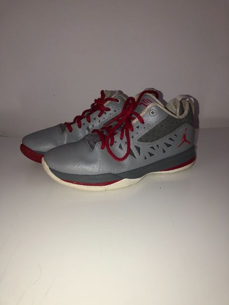 AIR JORDAN CP3.V 'Stealth/Varsity Red' - 37.5