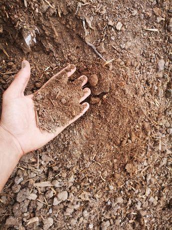 Черна пръст, тор, пясък, чакъл