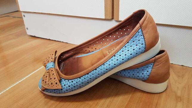 Три пары - Туфли кожаные, замшевые и кеды
