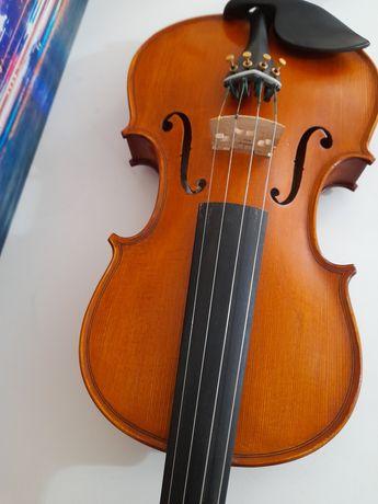 Vând vioară gliga