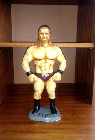 Статуетка на Трите хикса (Triple H)