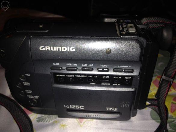 Видео Камера Grundig Lc125c