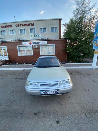 Автомобиль 2112.