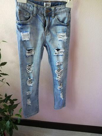 Продам джинсы в отличном состоянии.