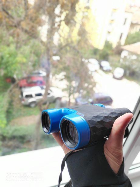 Binocliu quechua 10x 32 mm lens