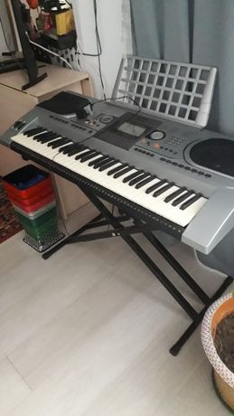 Синтезатор синтезатор