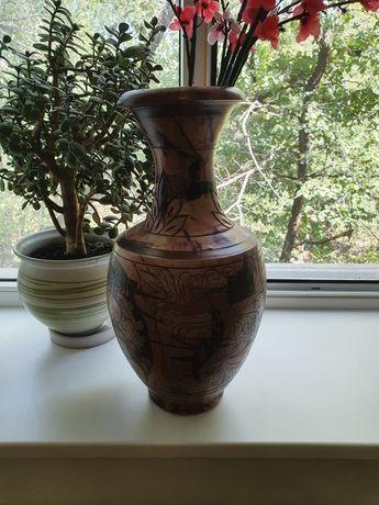 Продам вазу в античном стиле.