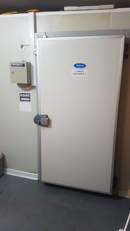 Vând cameră frigorifică 5m lungine/ 3m lătime