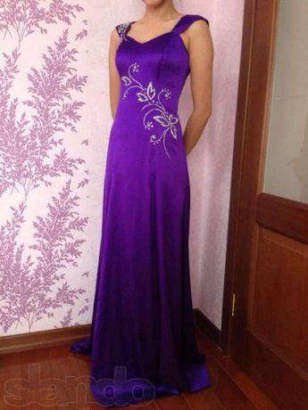 Платье из итальянского шелка казахстанского дизайнера Берика Исмаилова