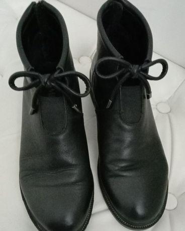 Продам осенние кожаные ботинки