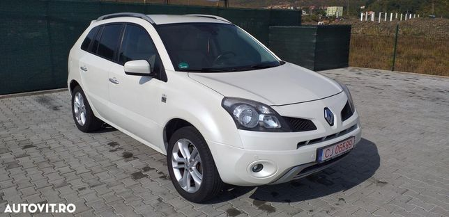Renault Koleos Mașina se prezintă din punct de vedere tehnic cât și estetic ok.